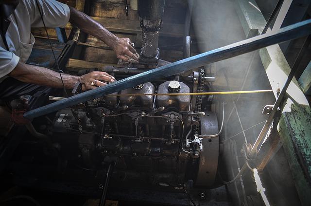 Reparación de motor de barco
